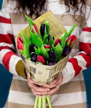 Разноцветные тюльпаны 15 шт