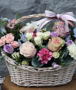 Корзина с цветами Шэмрок