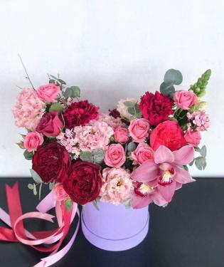 Цветы в коробке Вирджиния