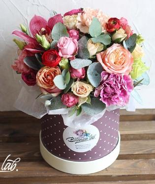 Цветы в коробке Мунлайт