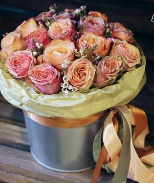 Цветы в ведре Капучино