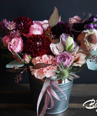 Цветы в ведерке Толедо