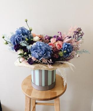 Цветы в коробке Даллас